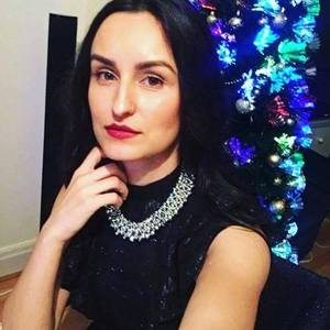 Adina Borhidan's Profile