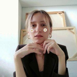 Yeva Adamovska's Profile