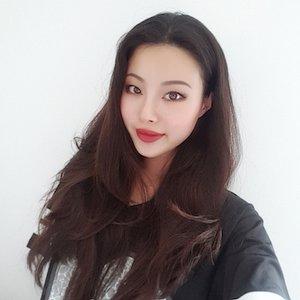 Rebecca Yunjeong Lee's Profile