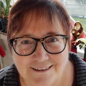 Claudia Stewart's Profile