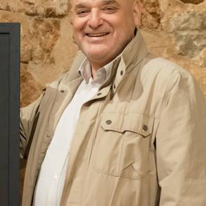 Carlos Bouza's Profile