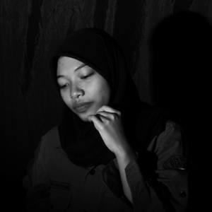 Rohana Tia Safitri's Profile