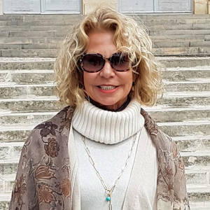 Deborah MacNeill's Profile