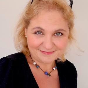 Naomi Tomkys's Profile