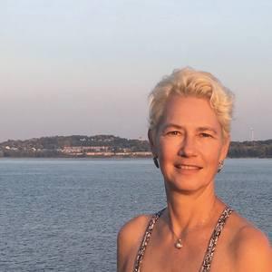 Helene Fleury's Profile