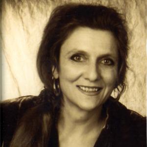 Anne Herzbluth
