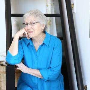 Joan Schulze's Profile