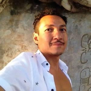 Igor F Solís's Profile