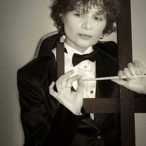 Olga Akasi's Profile