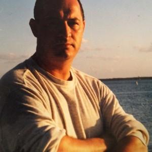 carlos cardona's Profile