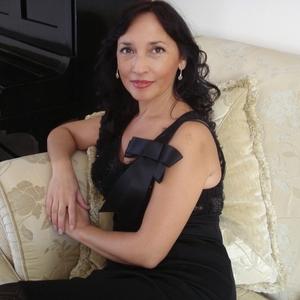 Anna  Poerio's Profile