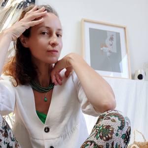 Isabelle Joubert's Profile