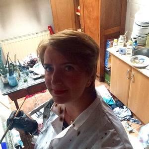 KAROLINA ŚWIDECKA's Profile