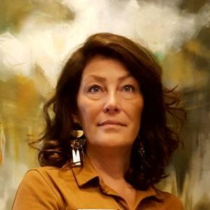 Nadine Genesse's Profile