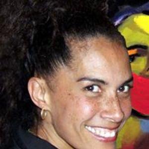 Lili Bernard's Profile
