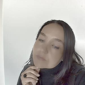 Simonne Draper's Profile