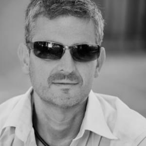 Paul J Bucknall's Profile
