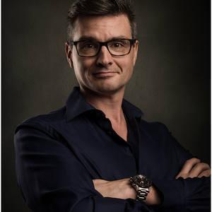 Simon Newbury's Profile