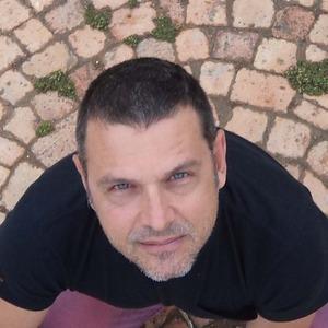 Darren Bayett